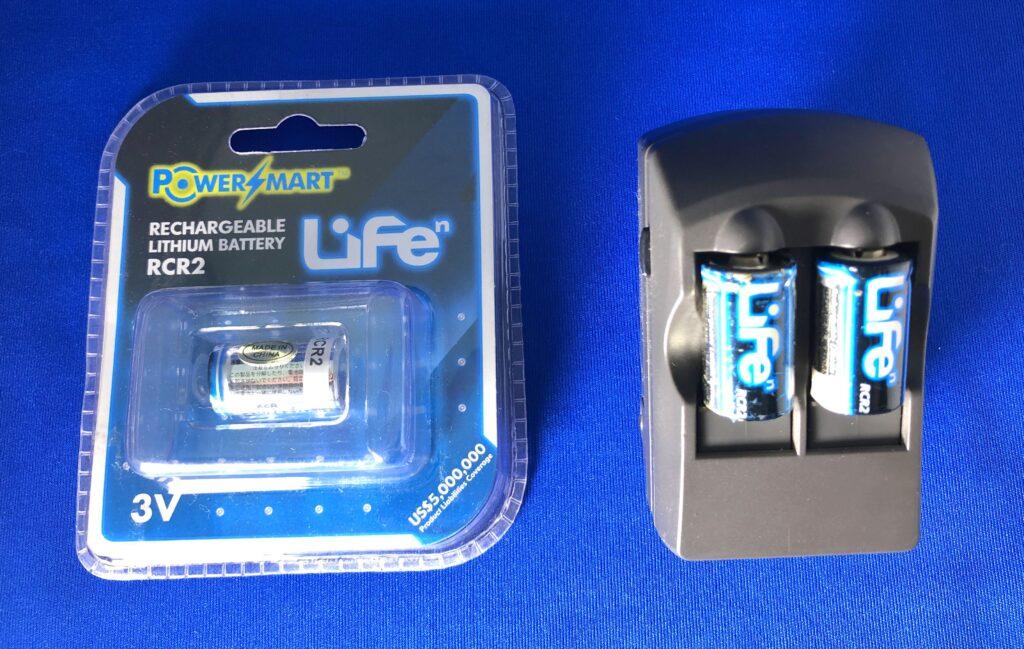 CR2充電池と充電器