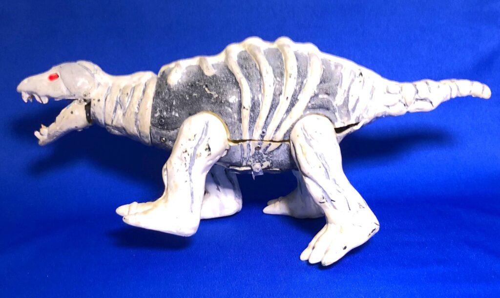 """Fossil monster """"Stegon"""" appeared"""