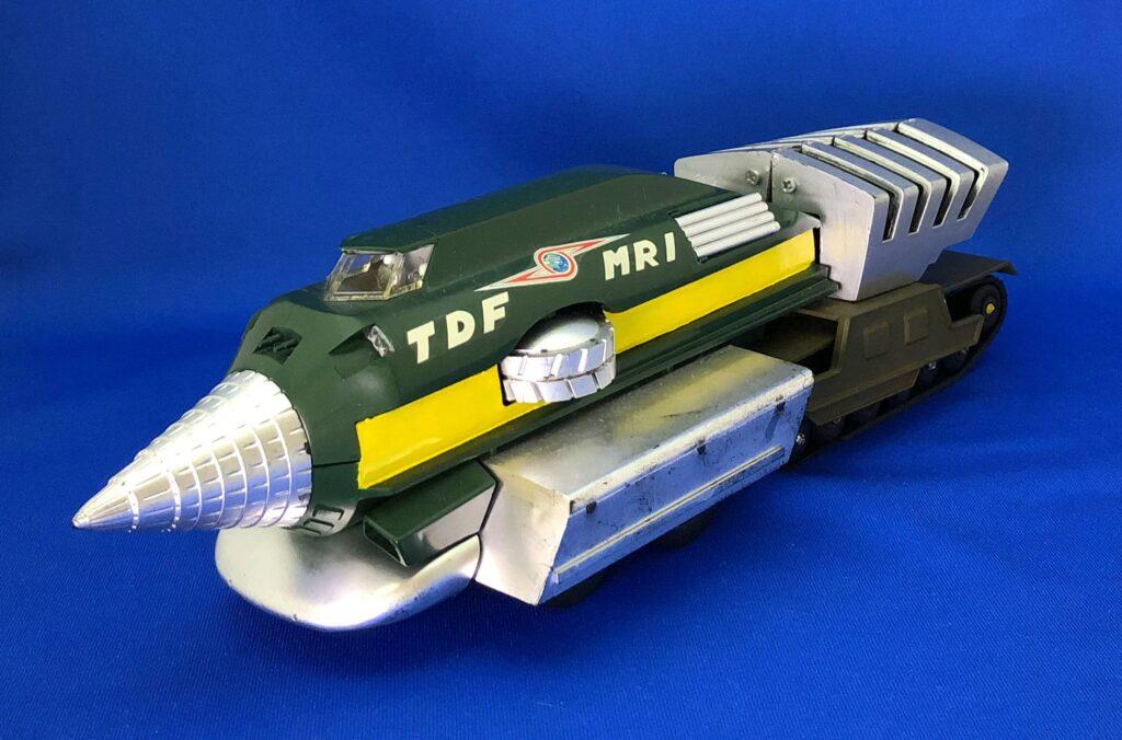 """""""Magmarizer"""" plastic model (Fujimi)"""